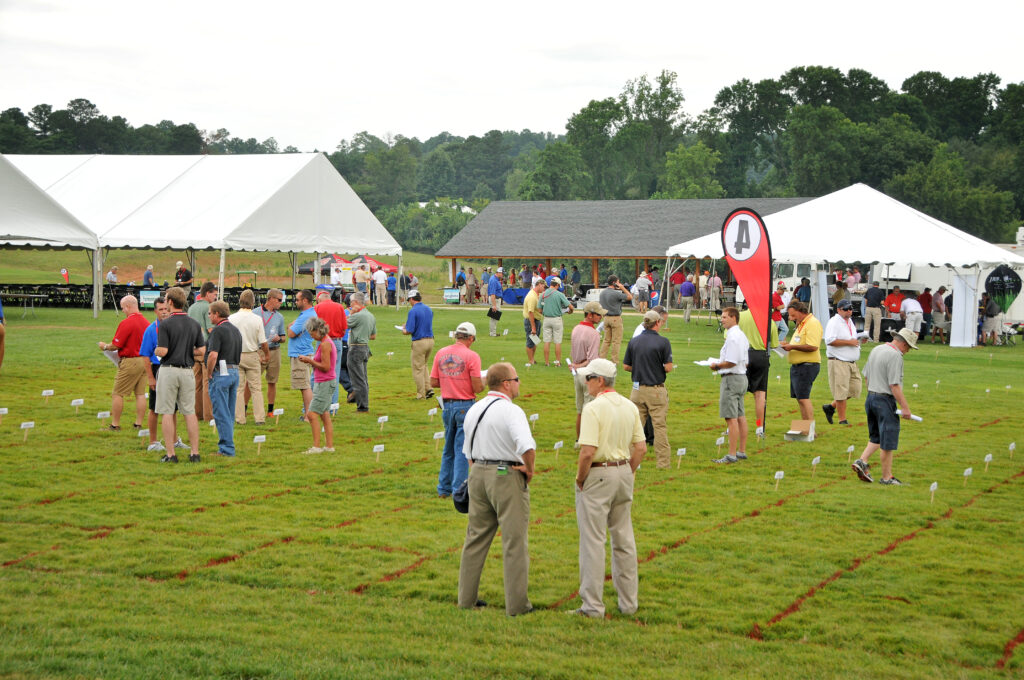 Turf Field Day attendees